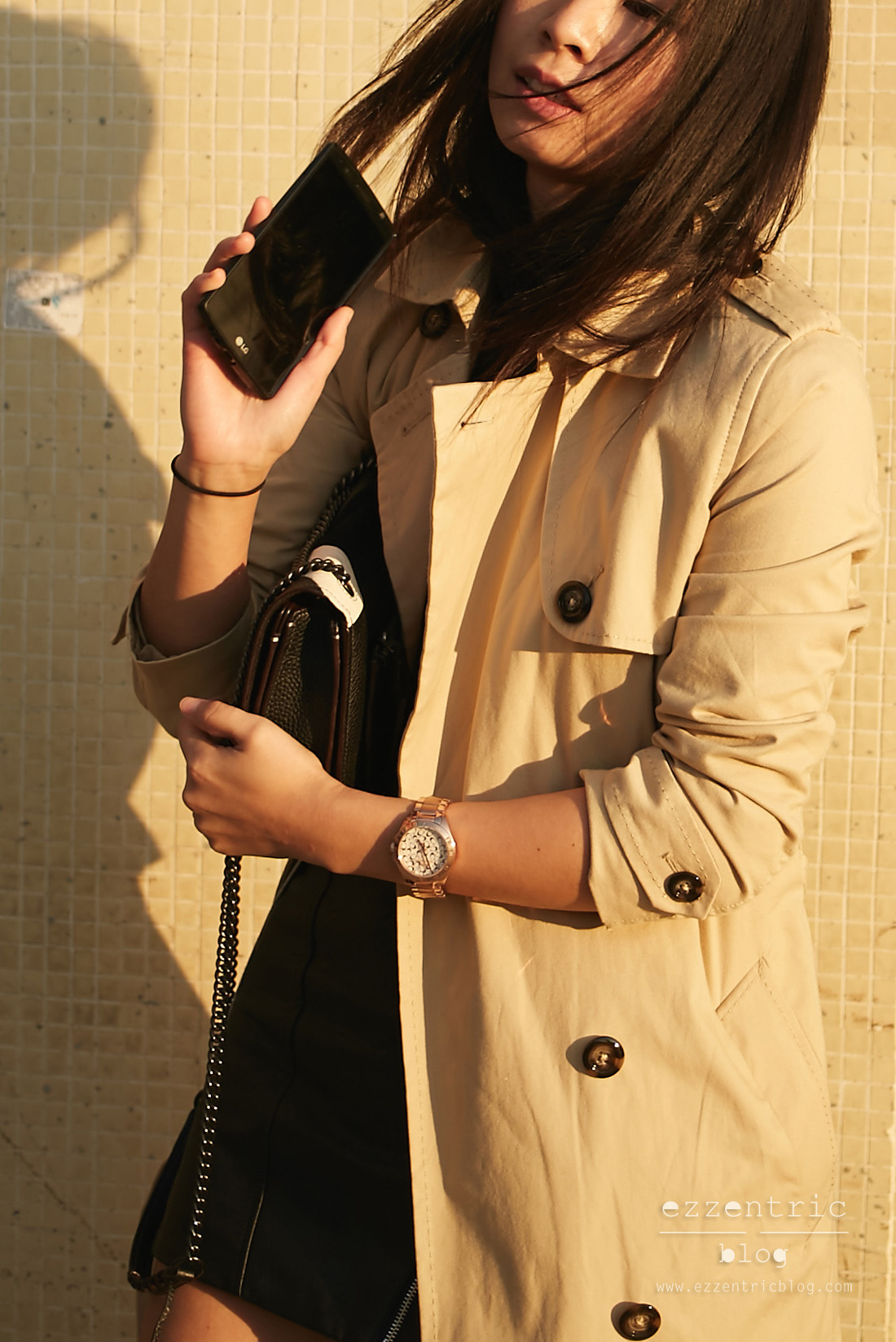 The Must Have Trench Coat and Boyfriend Watch 01