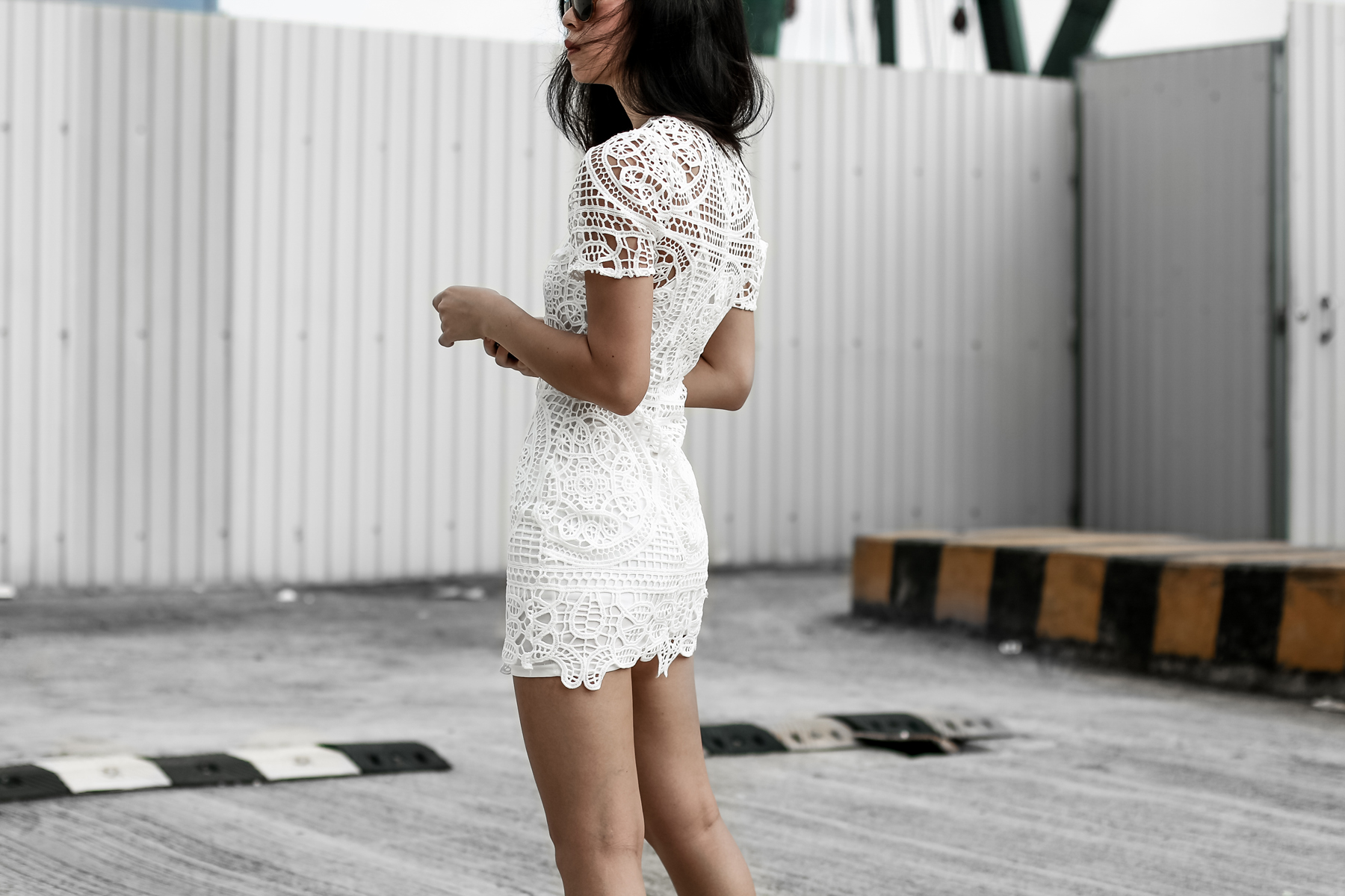 How To Style a cool white dress outfit 2