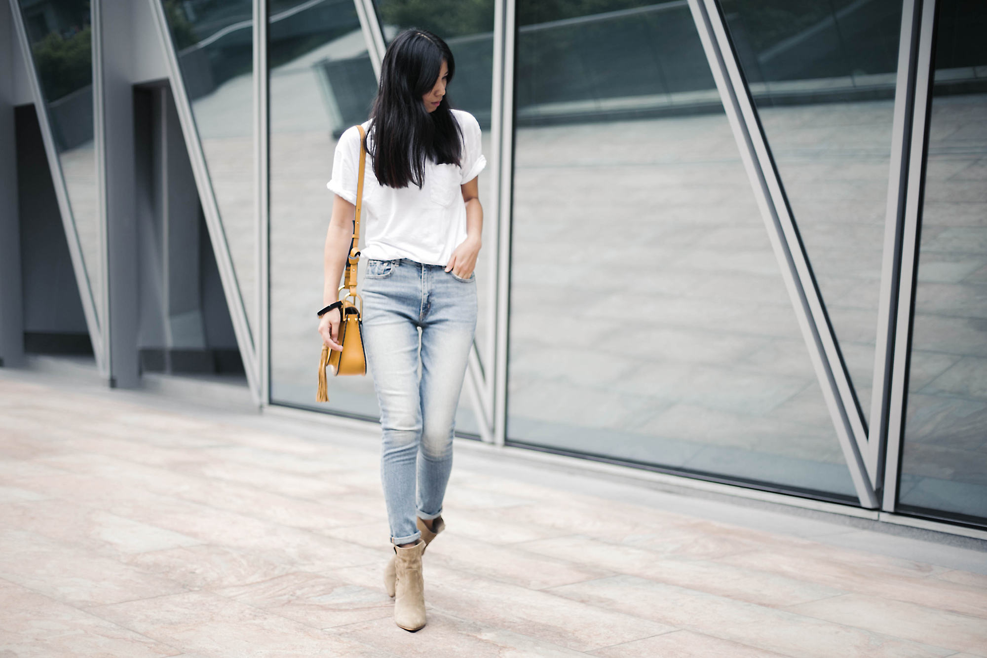 TWEE OOTD_Mom Jeans and Ankle Boots 01